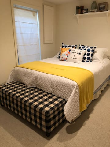 Oxford basement bedroom suite by Miami University