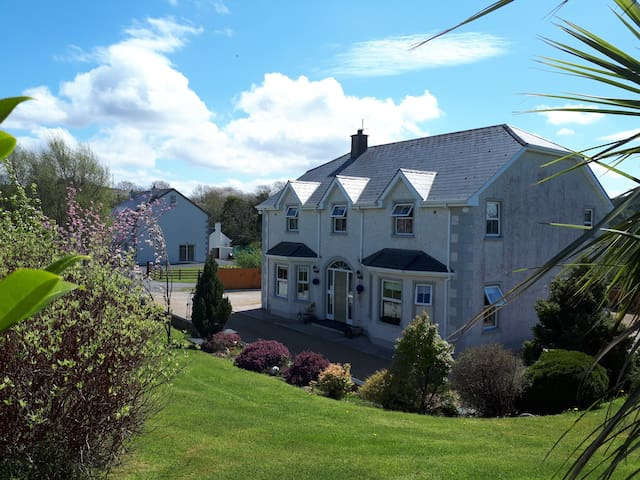 Double Bedroom near Donegal town