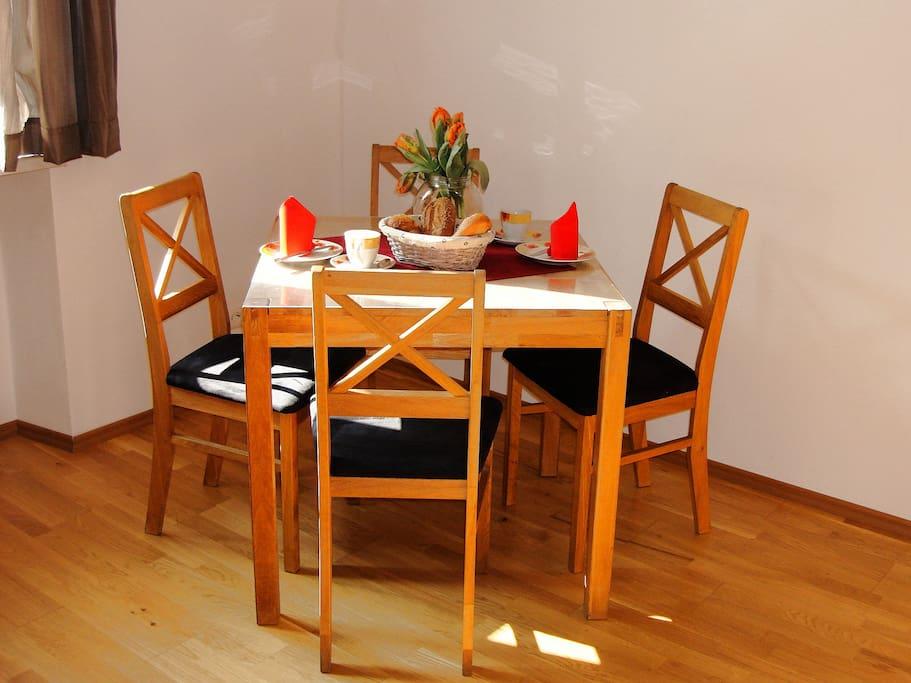 ferienwohnung moselsteig ferienhaus kleine merle ferienunterk nfte zur miete in zell mosel. Black Bedroom Furniture Sets. Home Design Ideas