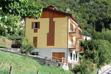 Casa nonna Fausta – tra verde e blu - Tremosine - Apartmen