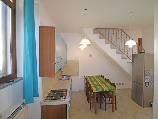 Balbo 01 - Apartment in the historic center of La Maddalena with private parking