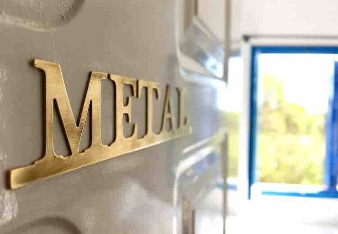 """Metal"""