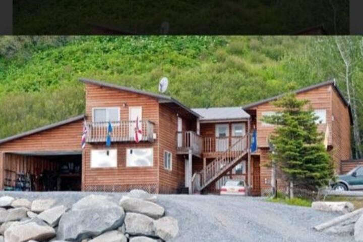 Beech Front Fishing Lodge          KENAI PENINSULA