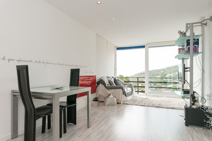 Apartamento de  diseño con vistas - Castelldefels - Pis