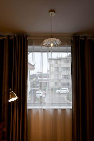 「源宿•晚风」复古风  市中心 步行丽江大研古城南门200米