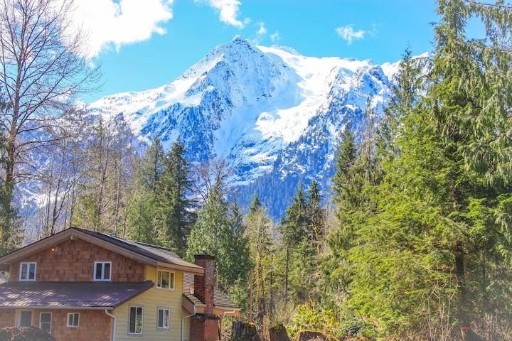 Cabin  with Glacier View - Aspen Cabin