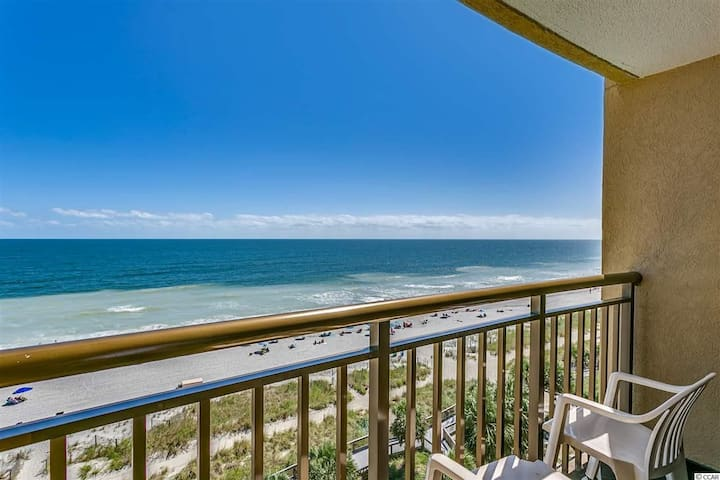 5-Star Oceanfront Suite! Best Location in Myrtle!
