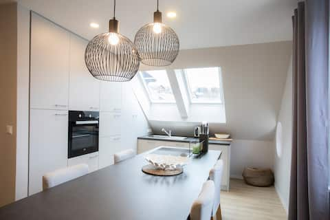 Modern and cozy apartment Spica***