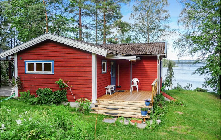 Holiday cottage with 3 bedrooms on 67m² in Klässbol