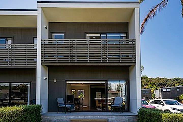 Villa 5, Aqua Soleil Apartments