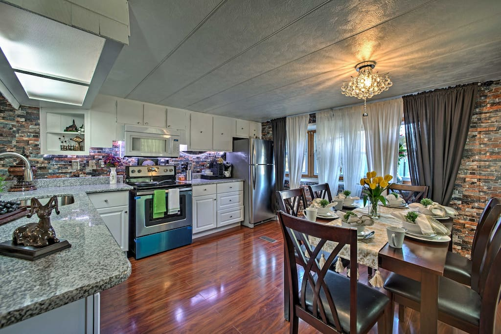 7 lucky guests will get to spend their vacation in this recently remodeled home.