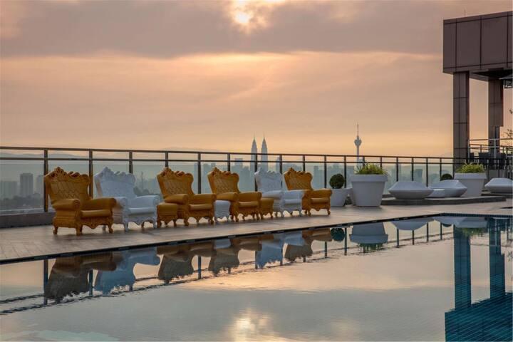 【Urban Hive】Mont Kiara Sky Pool Suite w Bath Tub