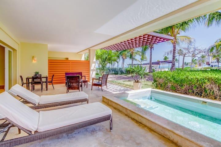 Soto Grande Beachfront w/ private terrace and pool