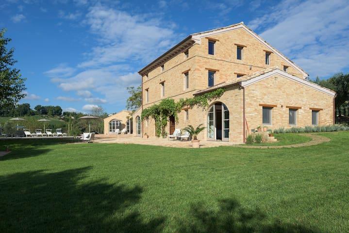 Casa Preziosa, Mogliano, Marche, It - Mogliano - Casa