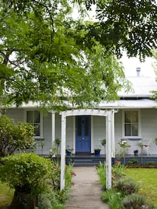 Lavender Cottage - a cosy nook in central Greytown - Greytown - Casa