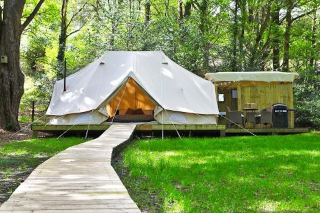 Located in a quiet glade, you can get away from it all while been able to use the facilities in an award winning campsite