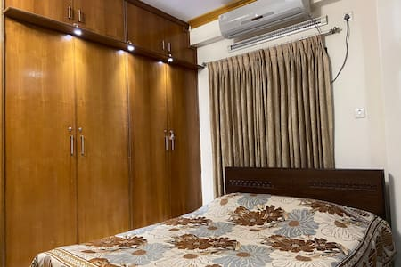 Private Room, attached Bathroom &Balcony in Uttara