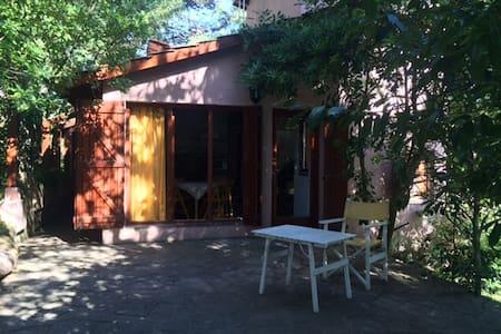 Rincón del Bosque - Casa para 4 ó 5 personas - Pinamar - Ev