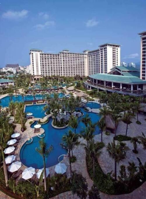酒店全景,三个主游泳池