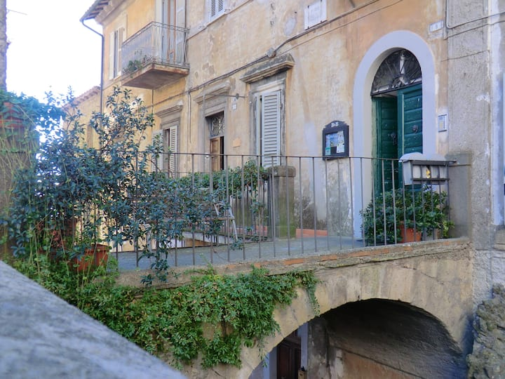 Apartment with one bedroom in Caprarola, with balcony and WiFi