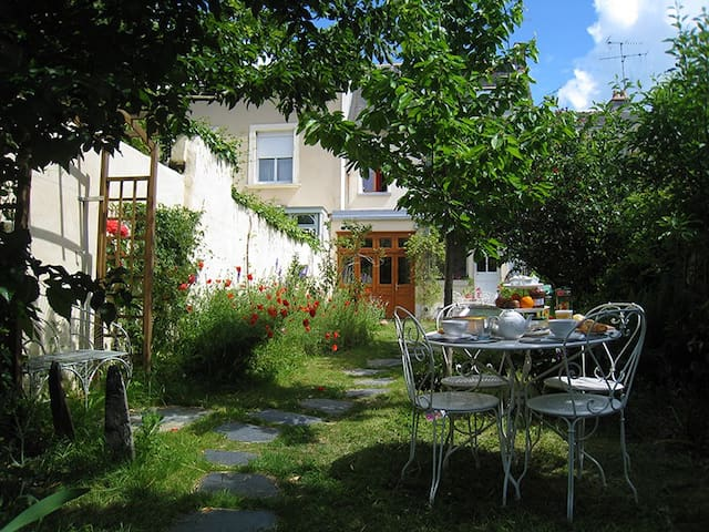Bed and breakfast Le Petit Quernon