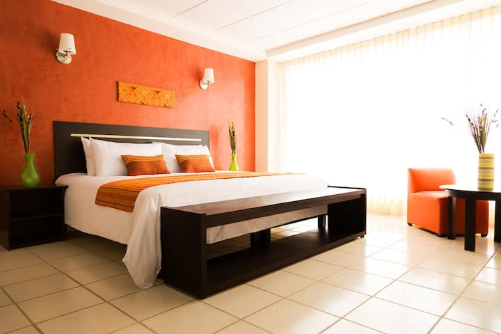 Innexpress Hotel Tula / Junior Suite
