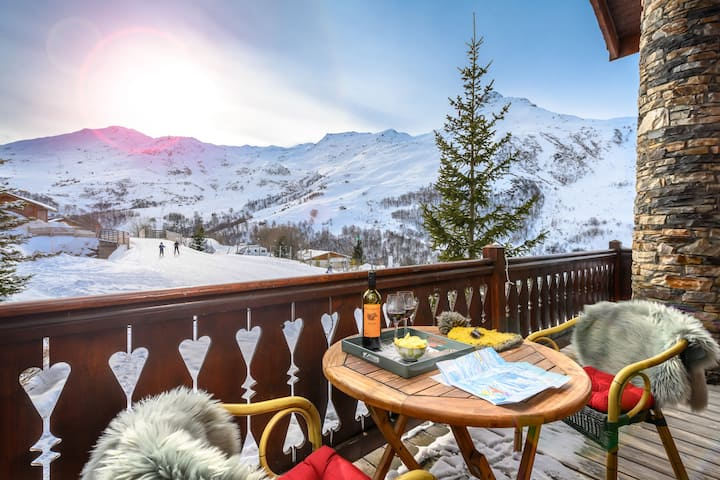 Chalet Ananas. Ski in/out. Amazing Views