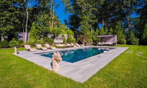 House w/Heated Salt Water Pool, Hot Tub & Firepit