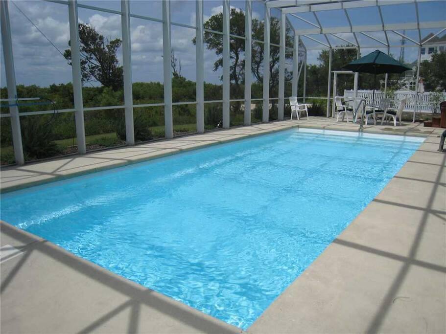CC322: Currituck Club | Pool Area