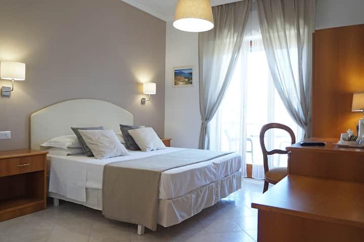 Villa Susy Relais, Double room & Breakfast