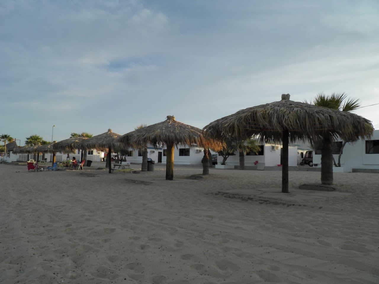 Bungalow frente al Mar #33 al #40 Seaside Hotel & Victors RV Park San Felipe Baja California