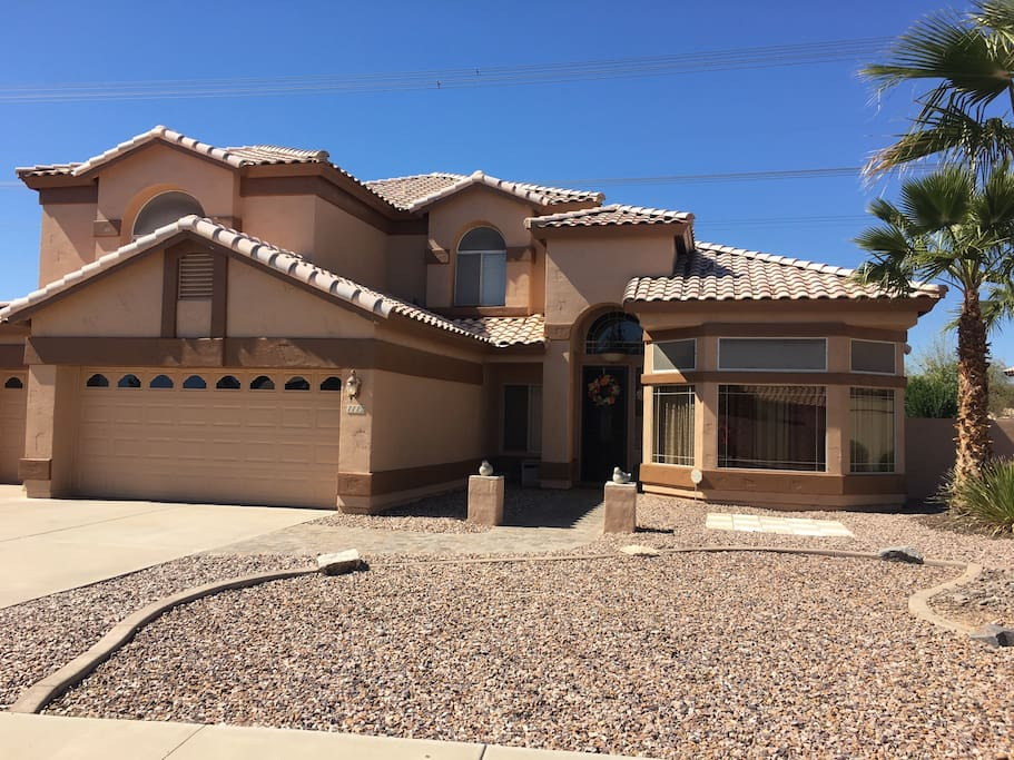 3800 Square foot home in Ray Ranch Estates prime area on the border of TEMPE AND CHANDLER