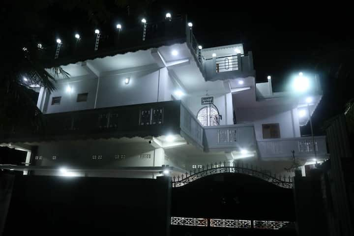 Thayanithy beach house