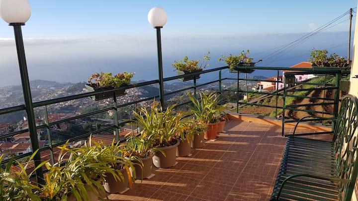 Logement dans les hauteurs de Funchal