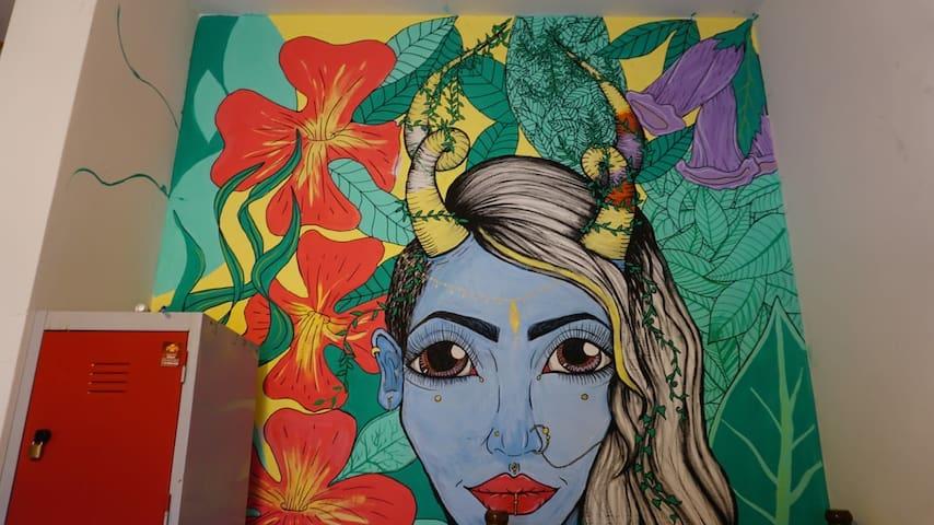 9) Female - Itagua - Quarto Femenino Compartilhado