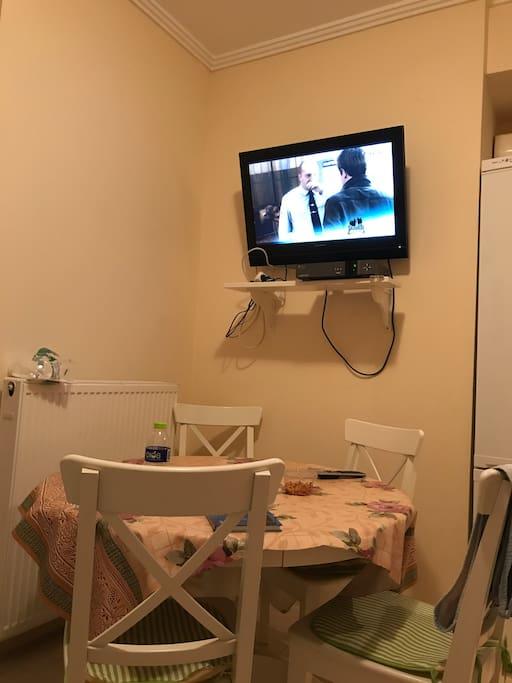 Кухня-гостиная/Kitchen-living room