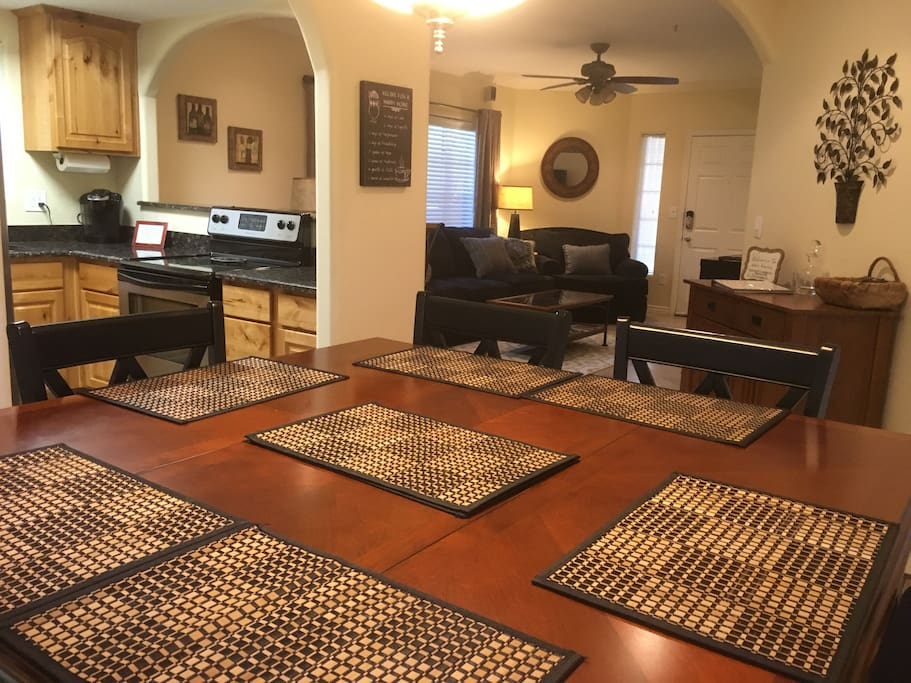 Close To Everything Ground Floor Luxury 3 Bed