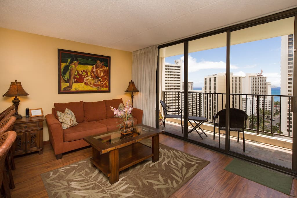1910 Waikiki Banyan Ocean View Suite 1 Bedroom Apartments For Rent In Honolulu Hawaii United