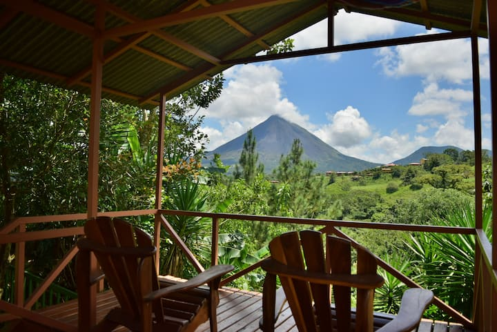 Mirador House. Cozy and Private Home w/ Volcano View