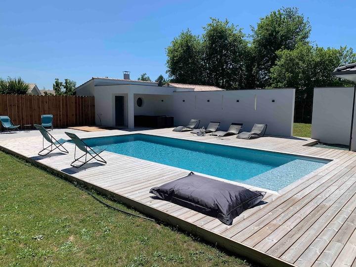 Maison à 30 minutes de Lacanau et de Bordeaux