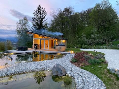 Nice Poolhouse above Klagenfurt