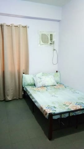 Private.. Relaxing environment - Antipolo - Bed & Breakfast