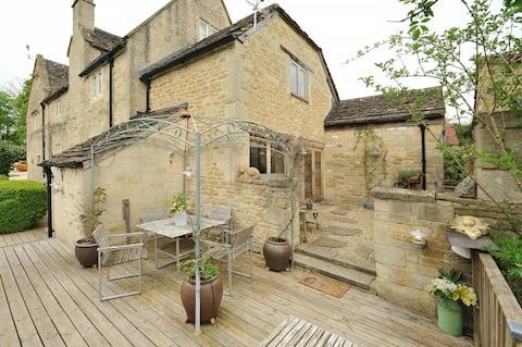 Cider Press. Rural Retreat on the doorstep of Bath