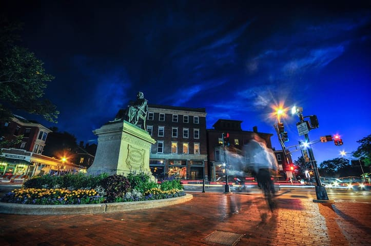 Longfellow square- home to some of Portland's best cafes restaurants, & bars! -5 min walk