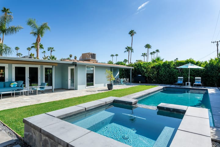 Mid Century Luxury/Executive Pool/Spa South PS