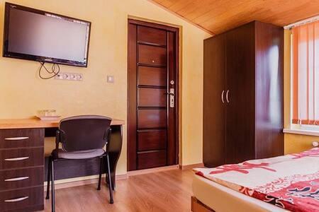 "Мини-Гостиница ""Раубичи Hotel"" - Akolica - Gästhus"