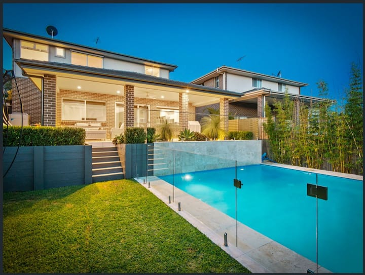 Northern Beaches Home in Warriewood