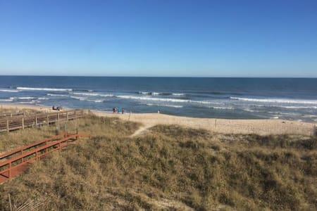 Oceanfront - On Beach & Boardwalk - Wohnung