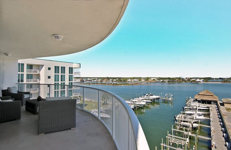 The Pass 508 - Amazing 4BR with incredible views of the Gulf/Lagoon