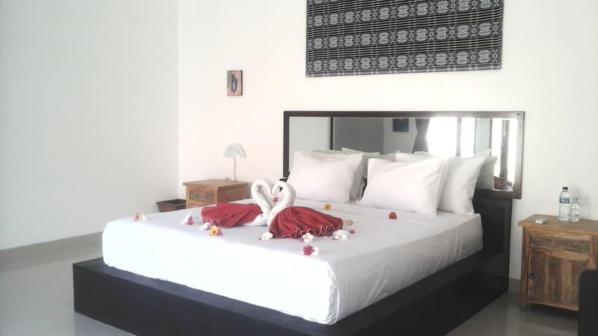 villa tom & jerry (superior room )